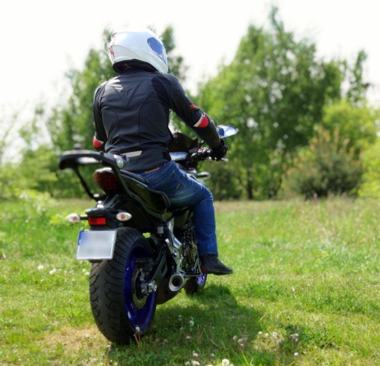 moto2.thumb.jpg.9751b1dd010ec2382f601f1f8e3442ac.jpg
